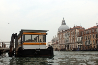 This is what a standard dock looks like for the water taxis in Venezia